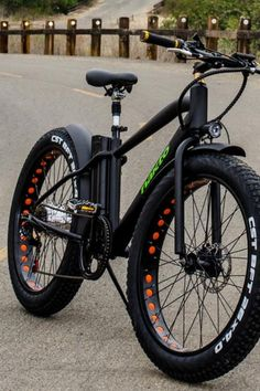 Nakto Fat Tire Electric Bicycle Cruiser The post Electric Bikes On Sale! appeared first on Trendy. Fat Bike, Electric Bikes For Sale, Velo Design, Electric Mountain Bike, Mountain Bicycle, Mountain Biking, Motorized Bicycle, Trike Bicycle, Recumbent Bicycle