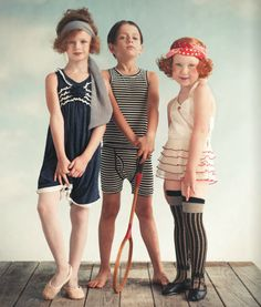 If only girls had such modesty today.or maybe I should say if only their mothers taught them such modesty. Wovenplay in Earnshaw's latest issue - photo by Mindi Smith Kids Fashion, Fashion Outfits, Fashion Trends, Fashion Story, Fall Fashion, Kids Wear, Children Photography, Cute Kids, Spring