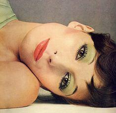 Angelica Huston make up 70s