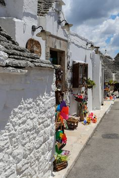 Waiting for customers in Alberobello