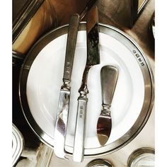 More tabletop classics: Italian pewter cheese knives and dishes. Serve your guests in style or give as a hostess or wedding gift!