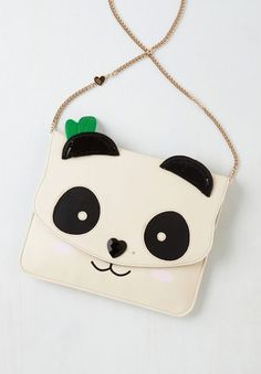 This absolutely perfect little purse. | 22 Adorable Things You Need If You Love Pandas