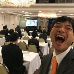 福山東倫理法人会のモーニングセミナーで話をさせていただきました。 今日も全力笑顔で幸せ届けましょう〜っ♪