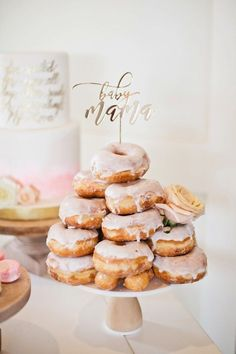 Pink doughnuts for a baby girl shower. - Name Baby Girl - Ideas of Name Baby Girl - Pink doughnuts for a baby girl shower. Baby Shower Kuchen, Gateau Baby Shower, Baby Shower Treats, Baby Shower Cake Toppers, Baby Shower Desserts, Baby Shower Cupcakes, Fiesta Baby Shower, Baby Shower Brunch, Baby Shower Parties