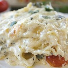Chicken Spinach Shrimp Alfredo Lasagna -Loaded with shrimp and chicken, this lasagna is full of flavor and will satisfy both chicken and seafood lovers! Spinach Mushroom Lasagna, Spinach Stuffed Mushrooms, Spinach Stuffed Chicken, Alfredo Lasagna, Seafood Lasagna, Chicken Alfredo, Fish Recipes, Pasta Recipes, Beef Recipes