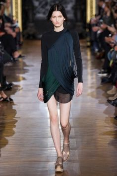 Foto SMHW201415 - Stella McCartney Herfst/Winter 2014-15 (12) - Shows - Fashion - VOGUE Nederland
