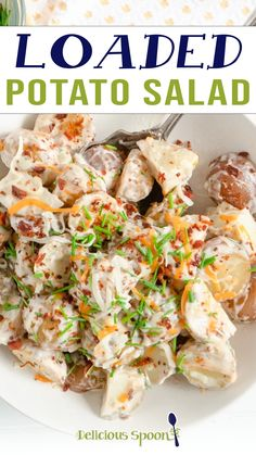 With sour cream, bacon, and chives, this Loaded Potato Salad is like eating a loaded baked potato in a bowl. A guaranteed hit at your next summer picnic or an easy side dish for dinner at home! How do you turn a baked potato into an easy summer side dish for a group? By making this Loaded Potato Salad! A cross between a traditional potato salad recipe and a baked potato.. | @thedeliciousspoon #easysummersidesalad #potluckrecipe #howtomakethebestpotatosalad Pasta Side Dishes, Side Dishes For Bbq, Dinner Dishes, Easy Asian Recipes, Side Dish Recipes, Dinner Recipes, Summer Picnic, Summer Food, Traditional Potato Salad Recipe