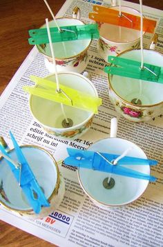 The best DIY projects & DIY ideas and tutorials: sewing, paper craft, DIY. Diy Candles Ideas & Wax melts Want to make candles using old tea cups or baby food jar? This is a great way to keep the wick from moving while the wax is Velas Diy, Diys, Teacup Crafts, Teacup Candles, Old Candles, Small Candles, Vintage Candles, Candle Craft, Diy Candle Ideas