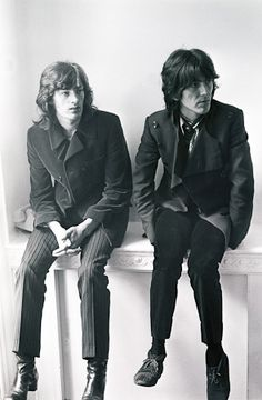 George Harrison and Jackie Lomax Photographer: Bill Zygmant Submarine Pictures, Liverpool Legends, Stevie Ray Vaughan, David Gilmour, Music Pictures, The Fab Four, British Invasion, Keith Richards, Freddy Krueger