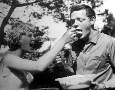 Hayley Mills helps James MacArthur with his lunch on the Spanish location of The Truth About Spring - 1965 Hollywood Photo, Hollywood Icons, Hollywood Glamour, Old Hollywood, Old Movies, Vintage Movies, Great Movies, James Macarthur, Actor James