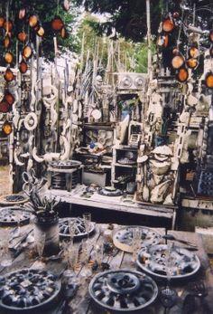 NarrowLarry's World of the Outstanding - Richart's Ruins (The Art Yard), Centralia, Washington
