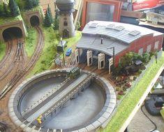 Jayson's 3' X 5' Outstanding N Scale Model Train Layout N Scale Train Layout, Ho Train Layouts, N Scale Layouts, N Scale Model Trains, Scale Models, Helix Models, Kona Bikes, Model Training, Model Railway Track Plans