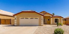 Plush Carpet, Backyard, Patio, Eat In Kitchen, Wood Cabinets, Curb Appeal, Dining Area, Tile Floor, Real Estate