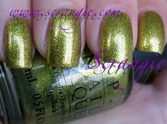 OPI/Serena Williams Simply Smashing (Shimmery Golden Green)