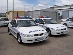 Australian Police Cars > Gallery > South Australia Police > Image: 0502-as2_vzexec_00