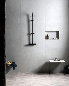 Discover timeless bathroom tile trends that look stunning for years to come, including marble tiles and concrete-effect flooring, by Mandarin Stone. White Bathroom Tiles, Gorgeous Bathroom, Tile Trends, Timeless Bathroom, Stone Tile Bathroom, White Matt Porcelain Tiles, Large Tile Bathroom, Grey Stone Wall, White Bathroom