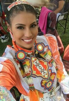 Ashley Callingbull, native american from Enoch Cree Nation, west of Alberta, Canada. American Indian Girl, Native American Girls, Native American Beauty, Native American History, Indian Girls, American Indians, Cree Indians, American Symbols, American Actors
