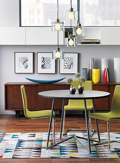 Mesa de comedor redonda con sobre de madera de mango