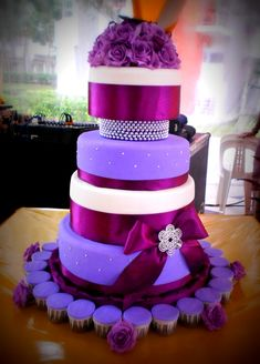 77 best Purple Wedding Cakes images on Pinterest   Purple wedding     Purple Wedding Cakes