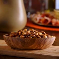 Burn Fat with These Healthy Snacks Verbrenne Fett mit diesen gesunden Snacks: Chile-Spiced Nuts Tapas Recipes, Nut Recipes, Almond Recipes, Diabetic Recipes, Snack Recipes, Healthy Recipes, Healthy Options, Tapas Ideas, Food Ideas