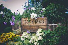Crate blooms Link in bio. Image by Paper Flower Tutorial, Wedding Updo, Diy Paper, Paper Flowers, Wedding Details, Origami Books, Rustic Wedding, Flower Arrangements, Whimsical