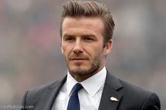 Los Beckham son los mejores vestidos de la semana - http://www.leanoticias.com/2013/12/05/los-beckham-son-los-mejores-vestidos-de-la-semana/