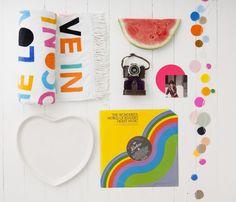 我們看到了。我們是生活@家。: 亮麗的色彩,心情也跟著明亮起來!澳洲CASTLE的枕套寢織和藝術品