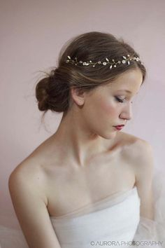 Wedding Hair Vine,Bridal Hair Accessories,Beaded Pearl Piece,Gold Flower Crown,Floral Twig Headpiece,Bride Head Wrap,Wedding Forehead Band