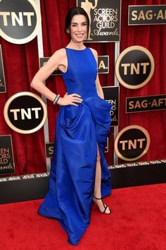 #JuliannaMargulies in #GiambattistaValli - 2015 SAG Awards