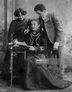 Houdini's wife Bess held yearly séances on Halloween for ten years after Houdini's death, but Houdini never appeared. The photo above is Harry Houdini with his wife and mother Old Photographs, Magic Shop, Historical Pictures, Great Pictures, Back In The Day, The Magicians, American History, Illusions, Nostalgia