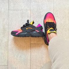 fef9fc3bfd5 INSTAGRAM Huarache customs sunset by Kylie Boon   JKLcustoms. Custom  Sneakers