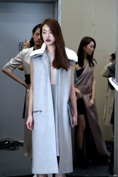 "koreanmodel: "" Choi Sora at Low Classic F/W 2013 Seoul Fashion Week. Seoul Fashion, Backstage, Runway Fashion, Asian Girl, Dress Up, Normcore, Street Style, Classic, Model"