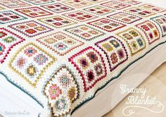 Transcendent Crochet a Solid Granny Square Ideas. Inconceivable Crochet a Solid Granny Square Ideas. Crochet Bedspread, Crochet Quilt, Crochet Home, Crochet Motif, Crochet Designs, Crochet Crafts, Crochet Projects, Granny Square Blanket, Granny Square Crochet Pattern