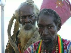 Incient Bongo Iyah & Ras Christi Reggae Rasta, Reggae Music, Rastafarian Culture, Jah Rastafari, Beautiful Dreadlocks, Jamaican Music, African Royalty, Natural Man, Dread Hairstyles