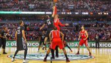 """Con el regreso de la NBA también se esperaba el """"show"""" de Dwight Howard."""