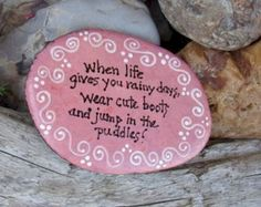 Best painted rock art ideas with quotes you can do (85)