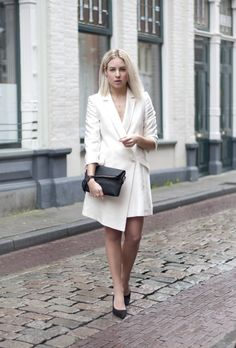 Parisienne: WHITE COATS FOR THIS WINTER