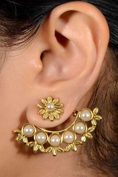 Fashion: Indian Wedding Jewelry Worn by an Indian Bride - #Jhumka