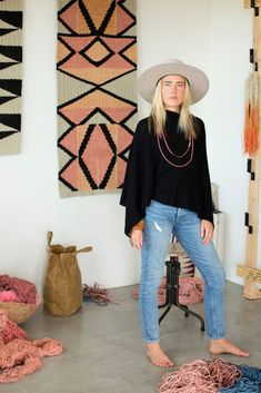 Southwest style with sustainable hemp craftsperson Taryn Slawson, known in New Mexico for her bold geometric weavings. She's in the black cashmere poncho, giving off full southwest style and cashmere outfit Cowgirl Style Outfits, Hipster Outfits, Edgy Outfits, Fashion Outfits, Hipster Clothing, Rock Outfits, Cowgirl Chic, Western Chic, Fashion Shirts