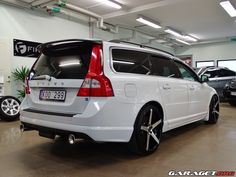 garage | Volvo V70 2,5FT (2010)