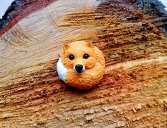 Brooch fox I made of polymer clay.  The diameter of the brooch is 4 cm or 1.57 inches  I can do a pendant  Make to order! May be insignificant difference,but I promise you ... #polymerclay #animaltotem #jewelryanimals #foxes #vialatteaart