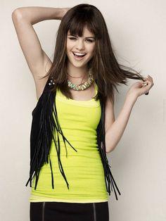 Selena Gomez, Fringe Vest