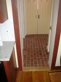 Traditional Antique brick tiles were used for this entry, in the Old Strasburg color mix. The variety of clay tones in the fired tiles are from where they are in the kiln.