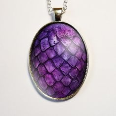 Hey, I found this really awesome Etsy listing at https://www.etsy.com/listing/204569603/purple-dragon-egg-pendant-dragon