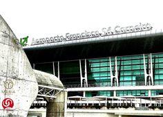 #oporto #aeropuertofranciscosacarneiro #mercedesbenz #luxury #yoviajo #viajes #onroad #localguides #motor #taxi #aeropuertos #transfer