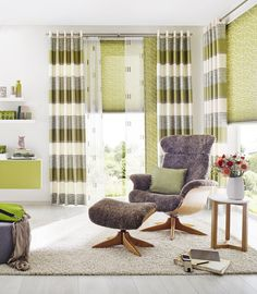 schiebegardine f rs wohnzimmer mit beige braunen schals. Black Bedroom Furniture Sets. Home Design Ideas