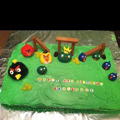 Angry Bird Cake!!