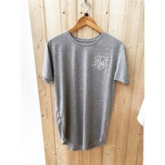 Another Curved Hem T-Shirt from @siksilk just hit the WEB! | #eightyeightstore