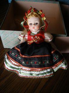 "Vintage 1965 Madame Alexander Polish Doll Mint in Box # 780 8"" vinyl"
