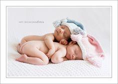 newborn twins photography ideas | Maternity Photography Ideas: Best Newborn Twin Photography